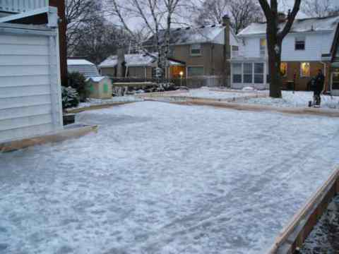An L-shaped rink